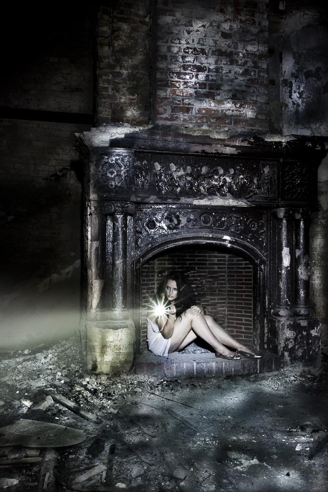 Nachts in der Brandruine...